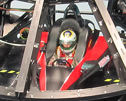 Simona de Silvestro trying out Dallara simulator