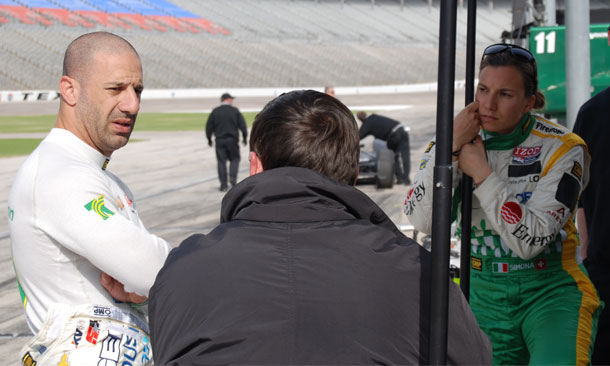 Tony Kanaan and Simona de Silvestro at Texas Motor Speedway