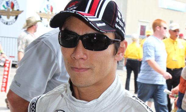 Takuma Sato signs with Foyt