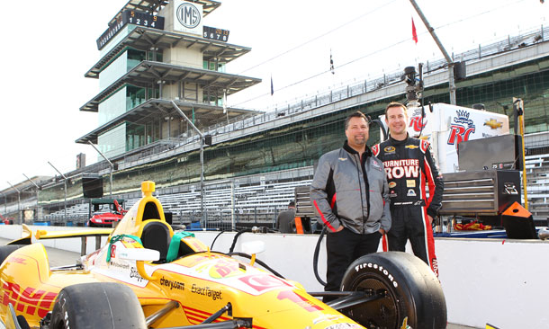 Michael Andretti and Kurt Busch pose at IMS