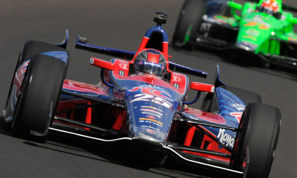 Marco Andretti leads James Hinchcliffe