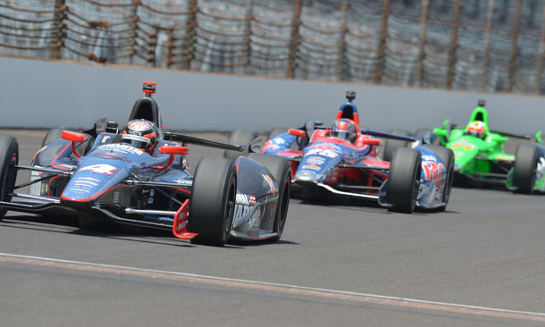 Hildebrand leads Andretti and Hinchcliffe in practice