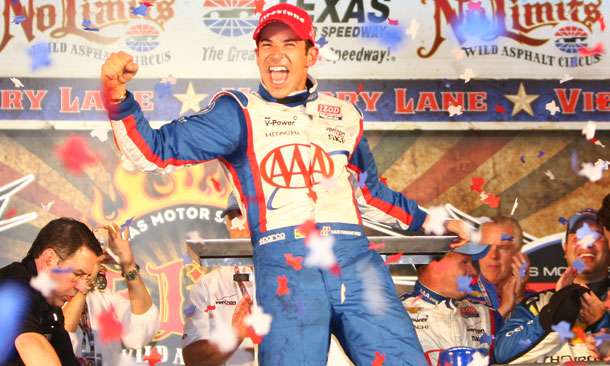 Castroneves celebrates his win at Texas
