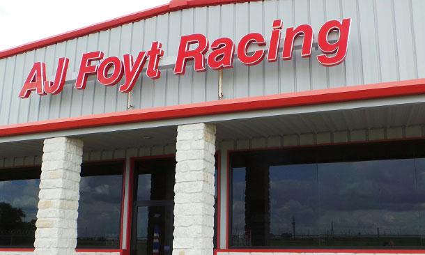 Virtual Tour Of Foyt Shop History Surrounds Present