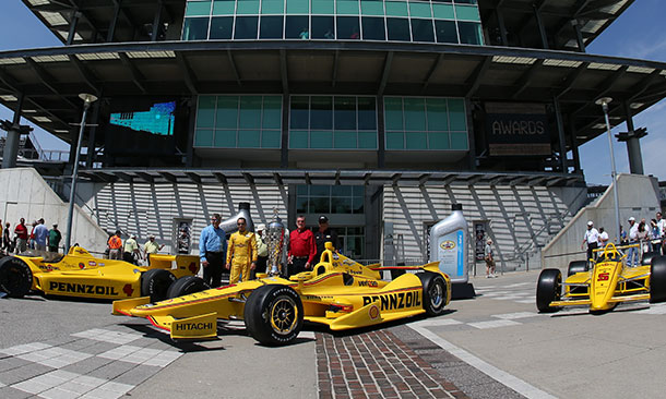 Helio Castroneves unveils Pennzoil livery