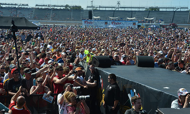 Carb Day Crowd