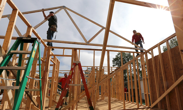 Speedway 5 Hundred Veteran House Build