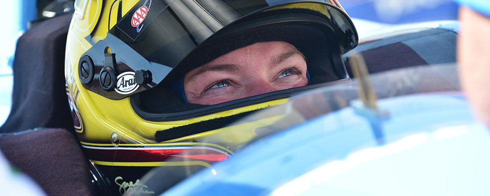Look who's driving: Fisher returns (in two-seater)